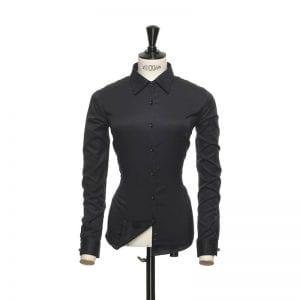 J. Harvest & Frost Green Bow 01, Sort skjorte af lækker kvalitet Woman / kvinde model