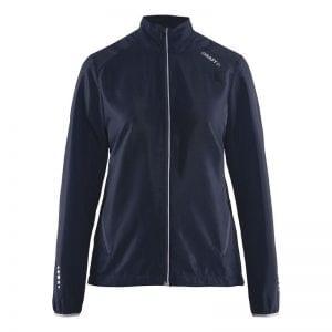 CRAFT Mind Block Jacket - løbejakke i let og luftig kvalitet. Kvindemodel.