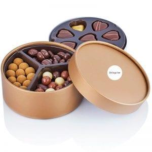 PR Chokolade Guld hatteæske med chokolade og guldhjerter god som firmagave med klistermærke eller logo tryk på æsken efter eget ønske.