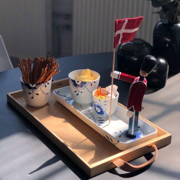 Tapasfad 36cm termokopper brugt til snacks og fyrfads lyse stage brugt til snacks - alt sammen i blå mega mussel fra Royal Copenhagen. Garder fra Kay Bojesen