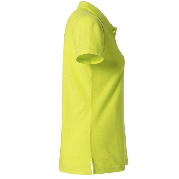 Basic dame polo t-shirt fra CLIQUE - slidstærk og god til dagligbrug. Ses her fra siden i farven gul