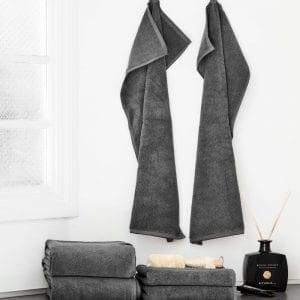 Georg Jensen Damask BLACK LABEL håndklæder i farven Steel grey fra Y-design