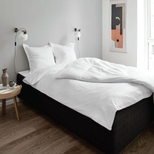 CUBICLE sengelinned I hvid fra Y-design