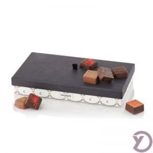 30801305 Palæ. 12 Stk. Fyldte Chokolader I Palæ æske 140g. fra Y-design